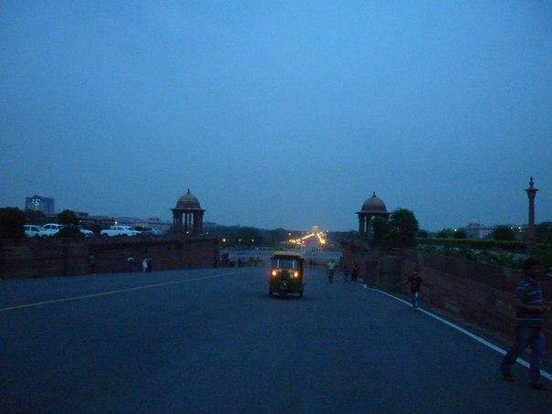 Ворота Индии. Авто-рикша