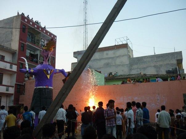 Индия. Дели. Сожжение Ланки