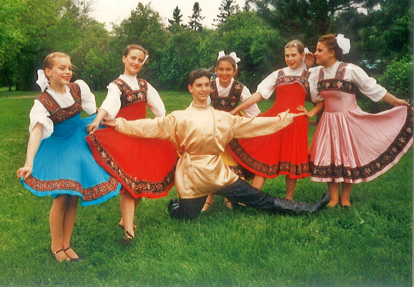 Детский танцевальный ансамбль при Пушкинском зале, воспоминания о Канаде