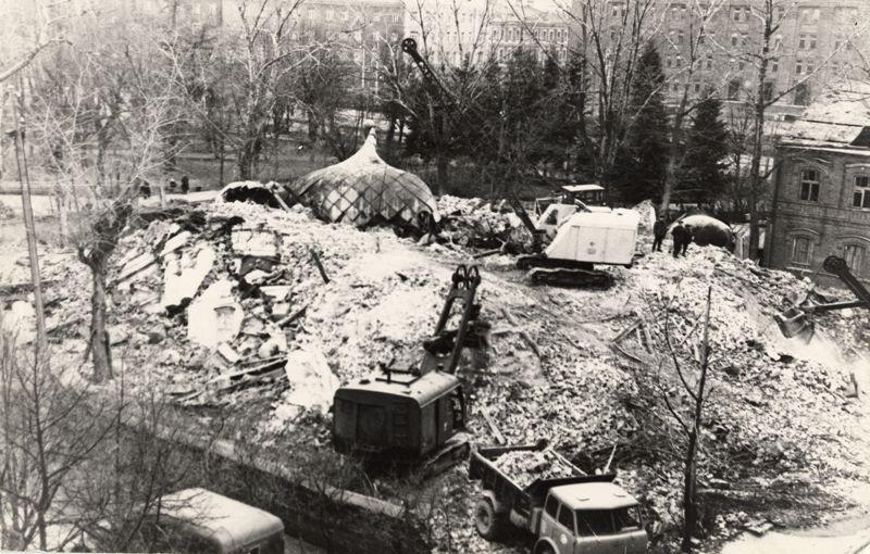 Александро-Невский собор в Даугавпилсе, после взрыва, 1969 г.