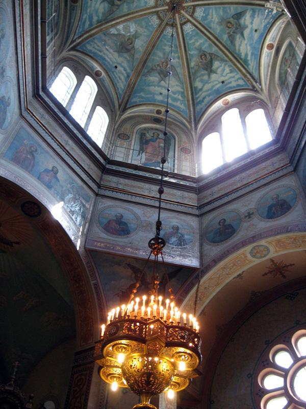 подвеска паникадила в храме Всех Святых в Риге. Латвия, конец 19 века
