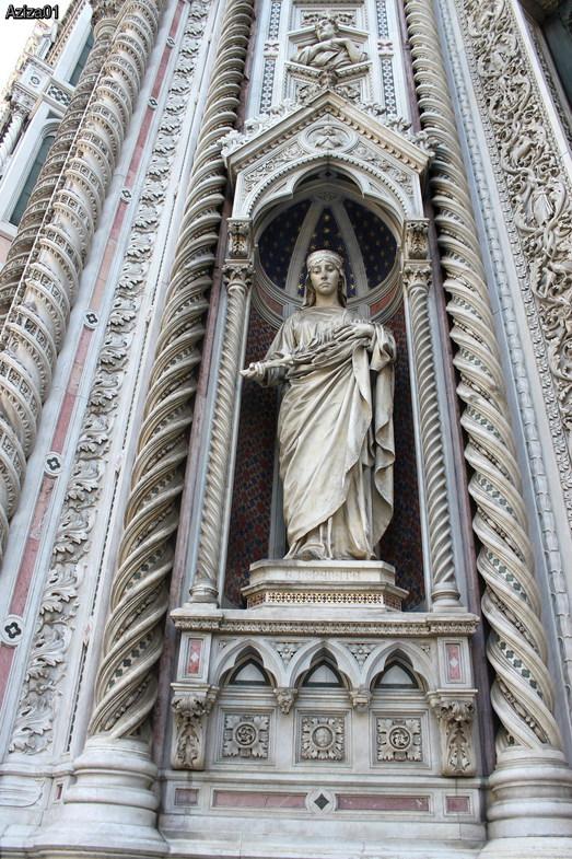 Обновленный фасад базилики Санта Мария дель Фиоре во Флоренции