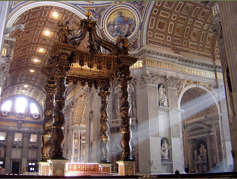 Балдахин с витыми колоннами над престолом в соборе св. Петра в Риме