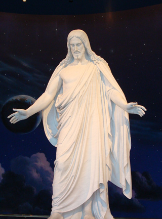 копия Иисуса Торвальдсена в мормонском центре в Солт-лейк-сити